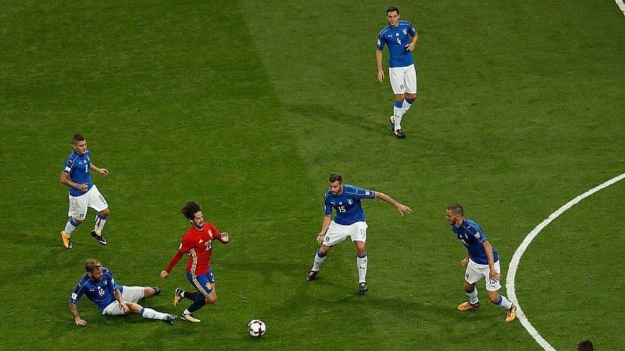 Isco vs. Italy