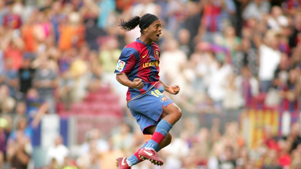 Ronaldinho Could Never Miss Even If He Wanted To