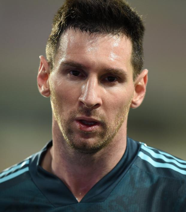 """Messi """"tired of always being the problem"""""""