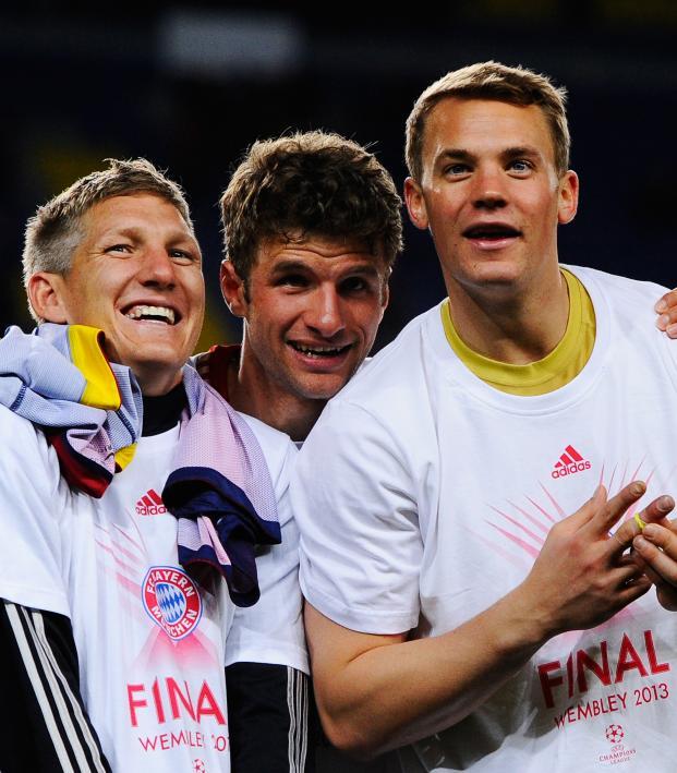 Thomas Muller pick on Jordi Alba