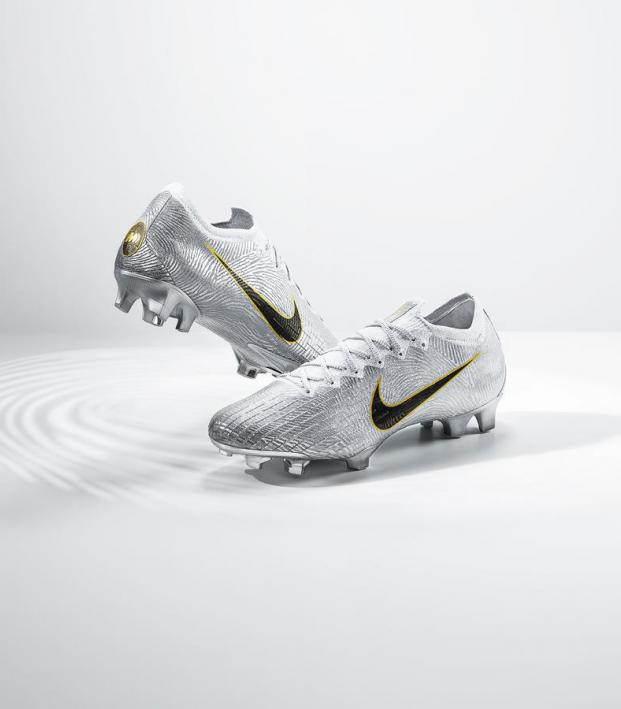 Luka Modric Nike Mercurial Vapor