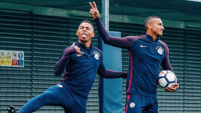 Gabriel Jesus Danilo Luiz Man City Training