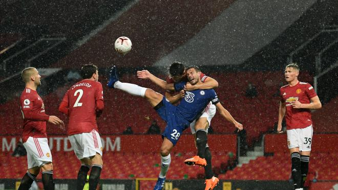 Harry Maguire Challenge vs Chelsea