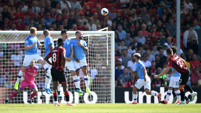 Harry Wilson free kick vs Man City