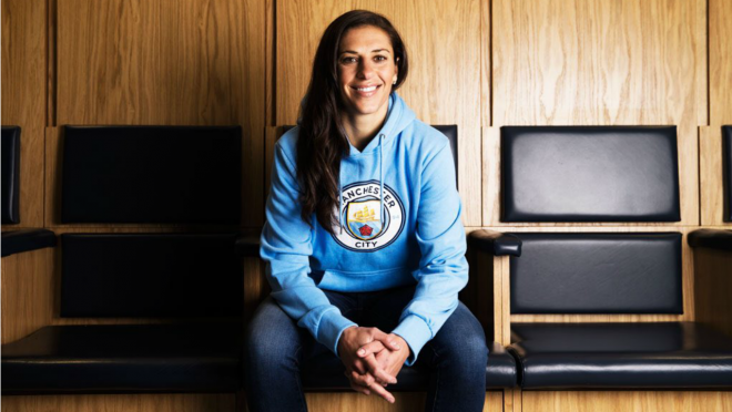 Carli Lloyd joins Manchester City.