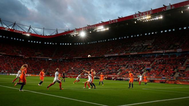Holland vs. England