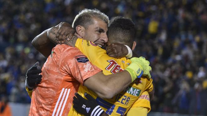 Nahuel Guzman goal