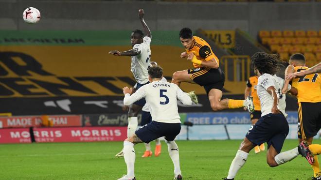 Raul Jimenez goal vs Manchester City