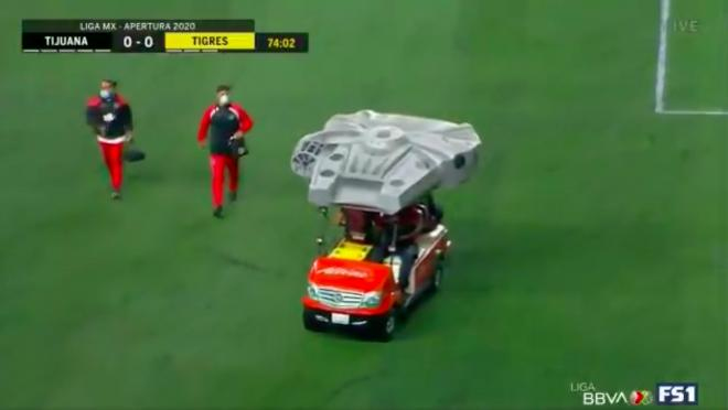 Xolos Millennium Falcon cart