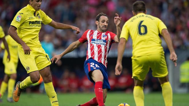 Juanfran Stops Cristiano Ronaldo Counterattack