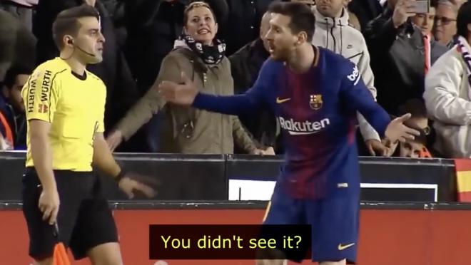 Messi Arguing With La Liga Referees