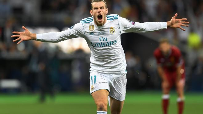 Gareth Bale of Real Madrid celebrates scoring his side's second goal during the UEFA Champions League Final between Real Madrid and Liverpool