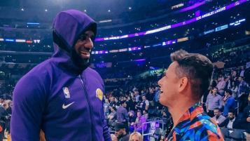 Chicharito Meets LeBron James