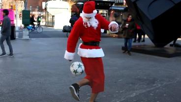 Santa Shows NYC His Soccer Skills In Hilarious Video