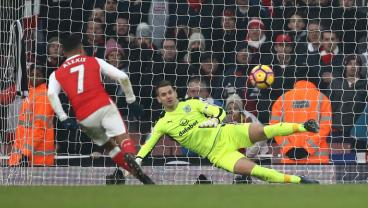 Arsenal-Burnley Features Two Stoppage Time Penalties, A Player Sent Off, A Manager Sent Off