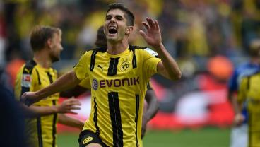 Christian Pulisic Registers Goal, Assist In Dortmund's Rout Of Chicharito's Bayer Leverkusen