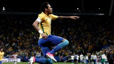 Brazil Punch Their Ticket To Russia With A Style That Can Only Be Described As Brazilian