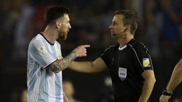 Messi Says He Was Yelling At The Air, Not The Ref