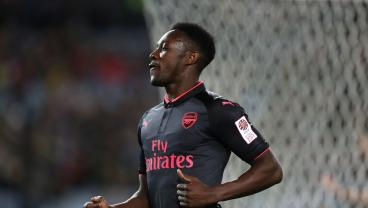 Watch Danny Welbeck Make The Most Absurd Assists You'll Ever See
