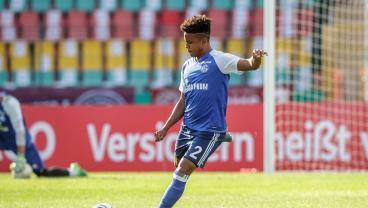 18-Year-Old American Phenom Weston McKennie Earns First Start For Schalke