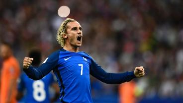 France Dashes Netherlands' World Cup Hopes With Comprehensive 4-0 Victory