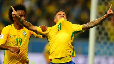 """Coutinho Scores While Living """"A Very Great Sadness,"""" Dealing With Emotionally Broken Back"""