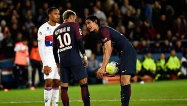 PSG's 'MCN' Dissolves Into Ego Battle Between Team Neymar And Team Cavani