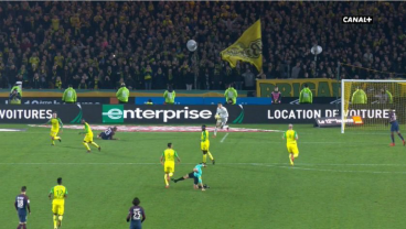 Ligue 1 Ref Suspended Indefinitely For Kicking Player In PSG-Nantes Match