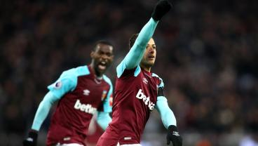 Chicharito Responds To Transfer Rumors With Vital West Ham Goal