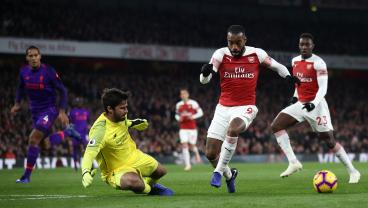 Alexandre Lacazette's Stunning Goal Earns Arsenal Draw Against Liverpool