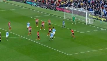 Man City Connects 7 Passes Inside Southampton's Box In Ridiculous Team Move