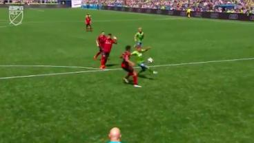 Seattle's Raúl Ruidíaz Hits Wonder Goal Against Atlanta United