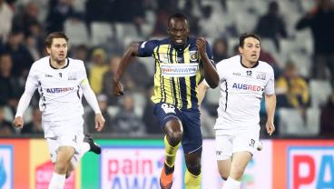 Usain Bolt Offered Full-Time Contract By Central Coast Mariners