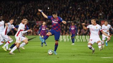 Luis Suárez Backheel Goal Celebrated As Once-In-A-Century Masterpiece
