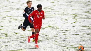 Alphonso Davies Rocket Salvages 3-3 Draw For Bayern Munich