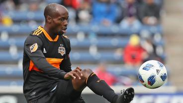 36-Year-Old DaMarcus Beasley Hammers Dramatic 20-Yard Winner In CCL Play