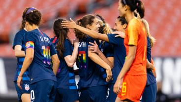 Like It Or Not, Jaelene Hinkle Is Back With The USWNT For The Tournament Of Nations
