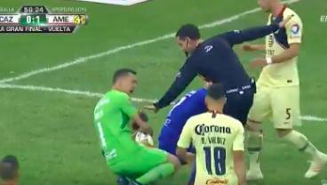Agustín Marchesín Collapsing After Being Touched By The Ref Is Too Much