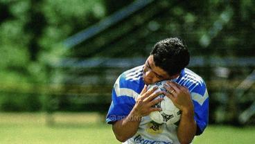 Diego Maradona Top 10 Goals And Top 10 Skills