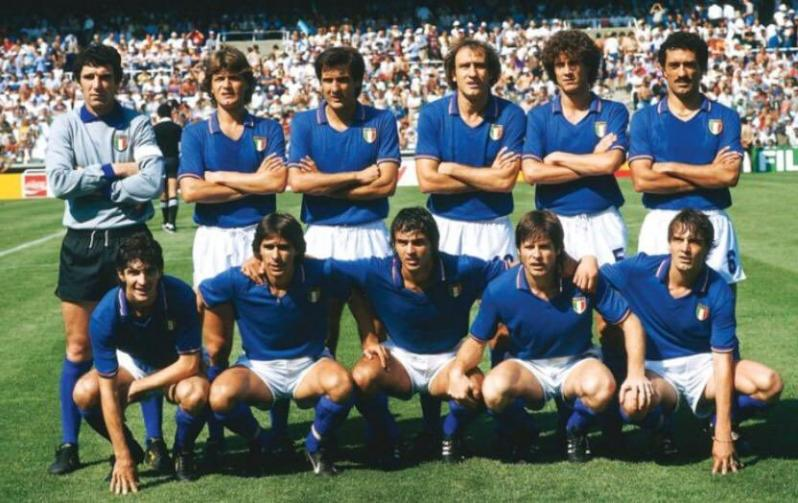 Best World Cup Jerseys Of All Time - Italy