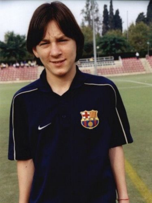 Lionel Messi Contract - A young Messi arrived at Barcelona in 2000